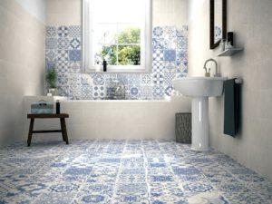 Mattonelle per bagno bagno con piastrelle bianco e blu modello